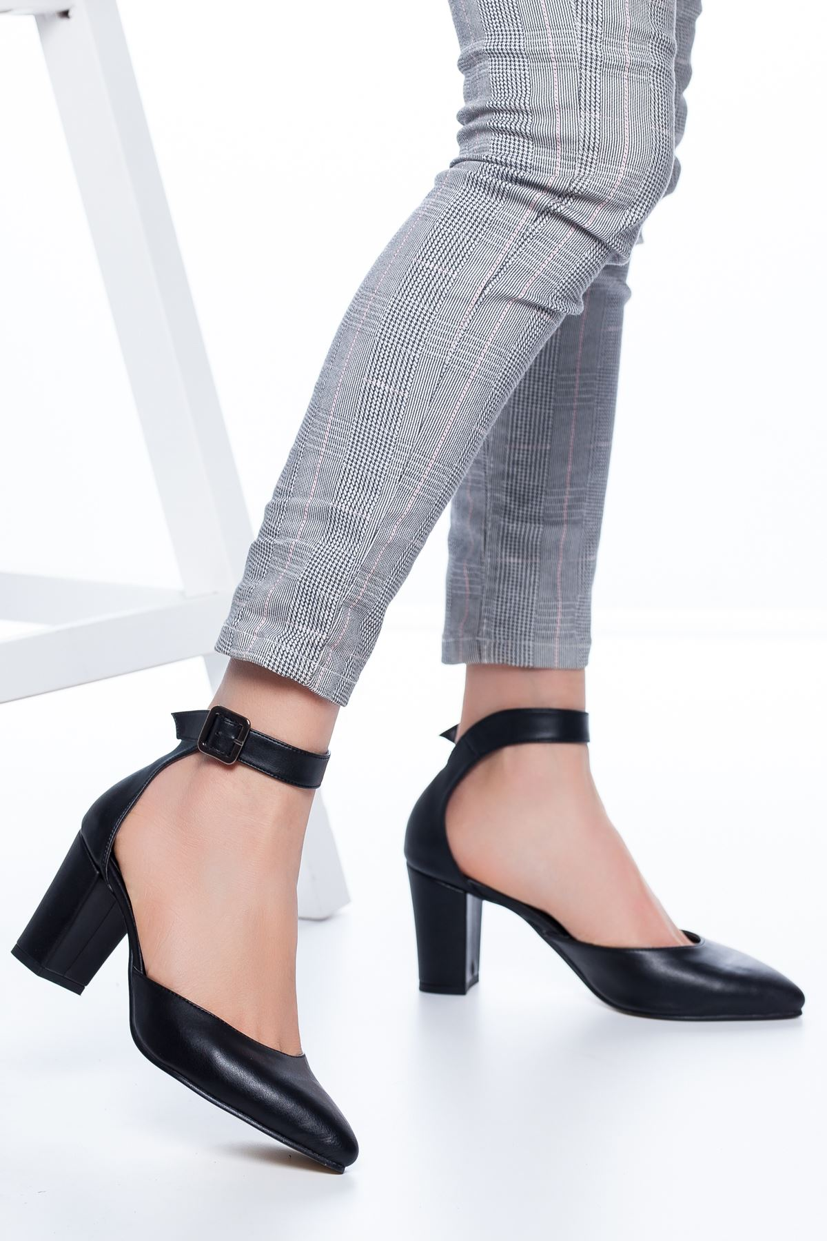 Celos Topuklu Cilt Ayakkabı Siyah