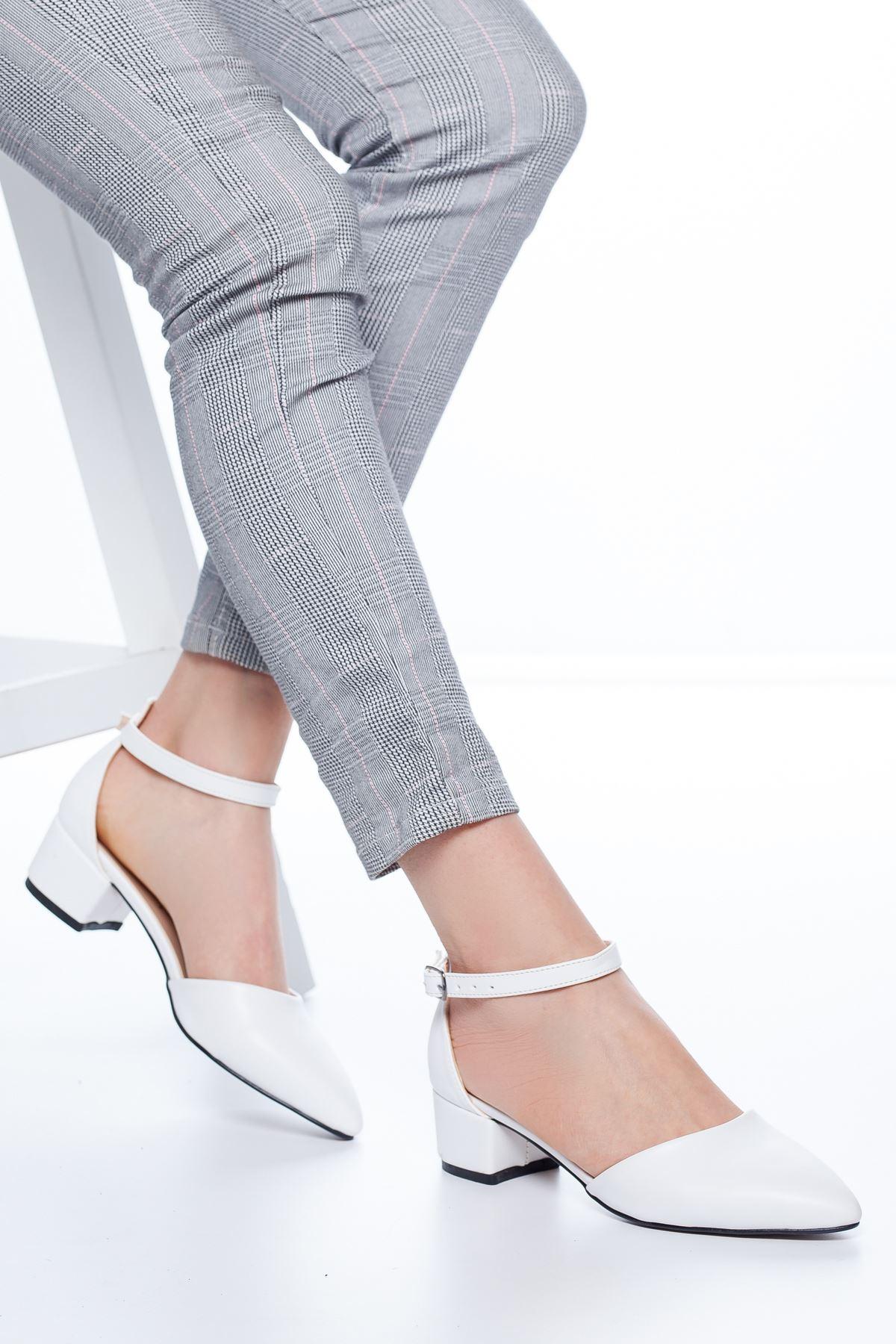 Dulgina Topuklu Cilt Ayakkabı Beyaz