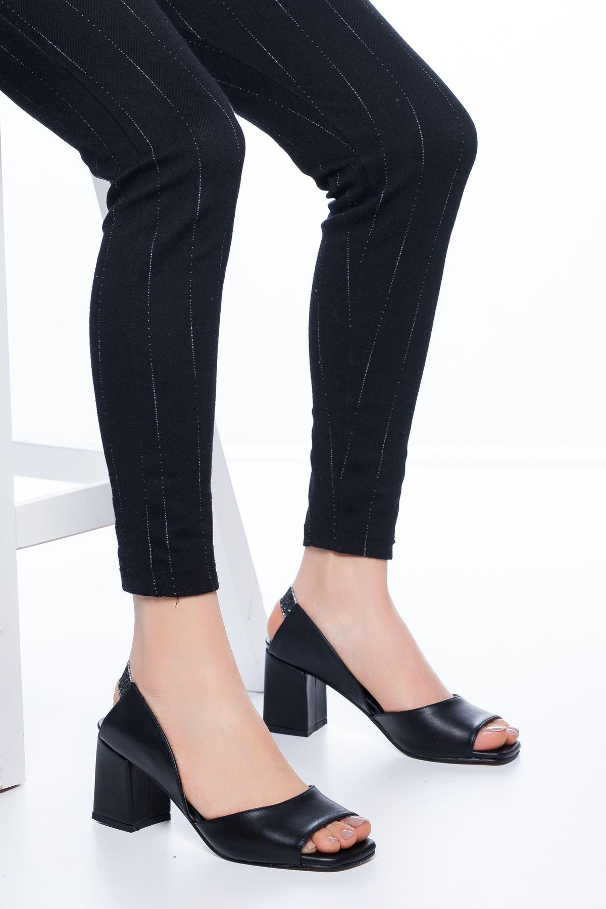 Lessia Topuklu Cilt Ayakkabı Siyah