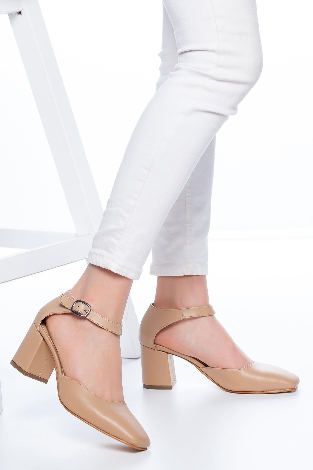 Dores Küt Burun Cilt Topuklu Ayakkabı Ten