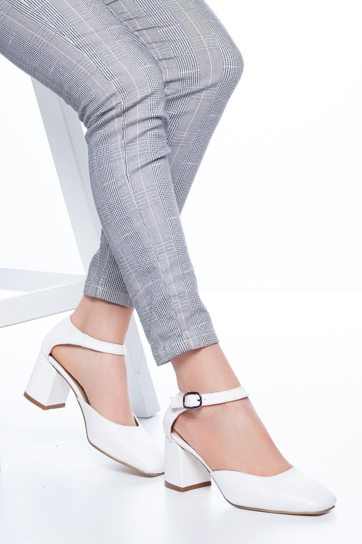 Dores Küt Burun Cilt Topuklu Ayakkabı Beyaz