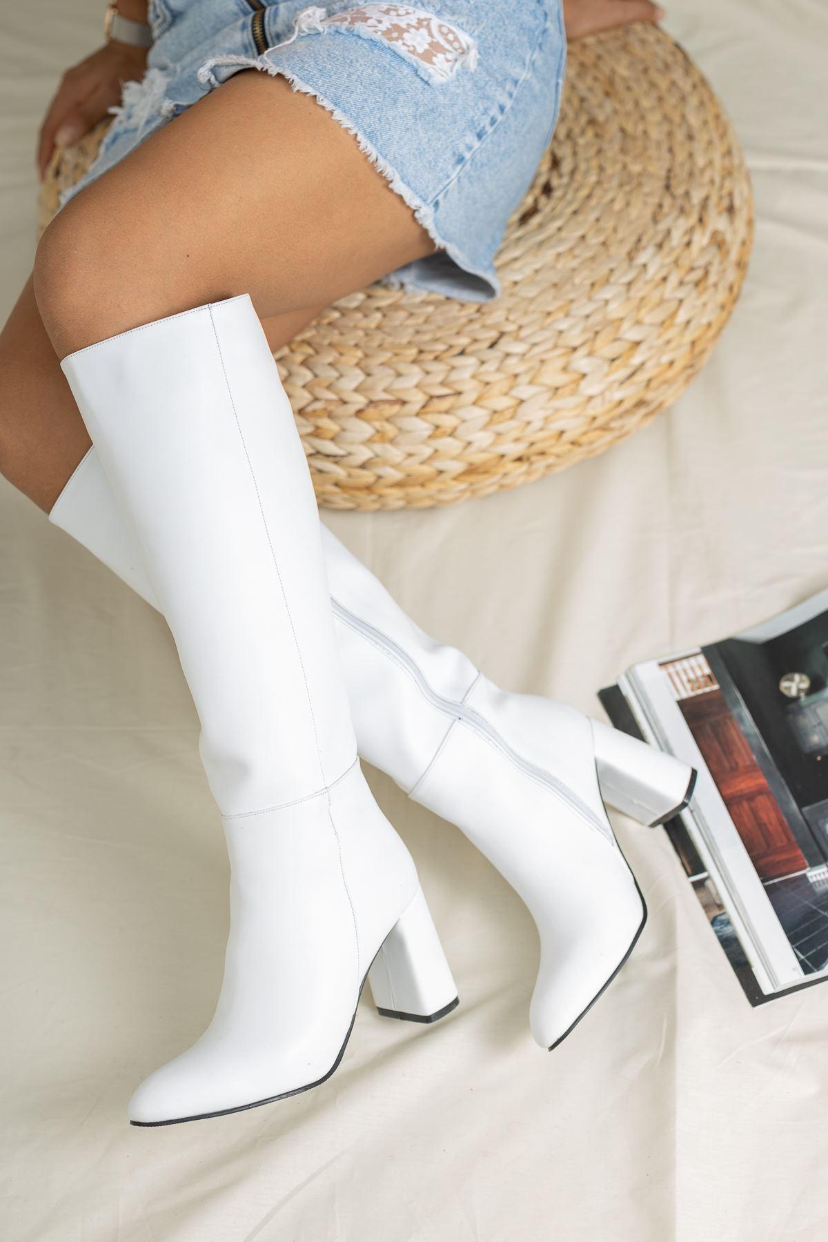 Horse Deri Çizme Beyaz