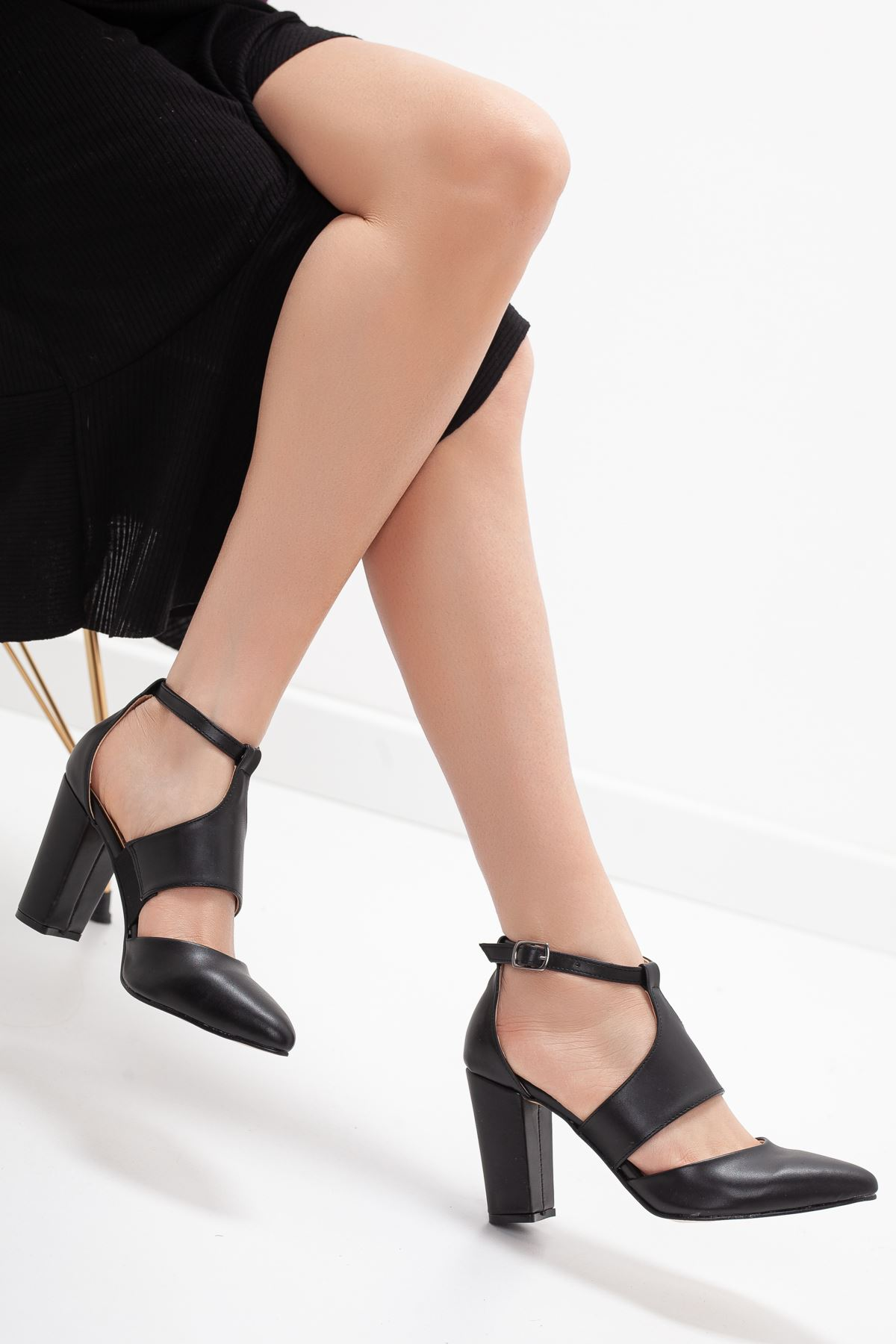 YUBERTA topuklu cilt ayakkabı Siyah