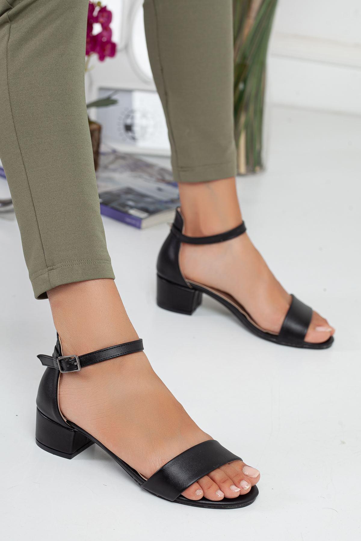 LORA tek bant topuklu ayakkabı Siyah